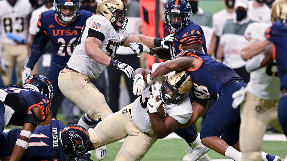 Adkins runs for 101 yards and a TD, Army beats UTSA 28-16