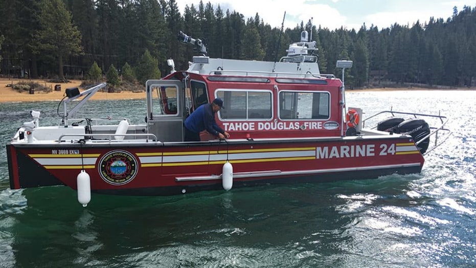 Woman drowns in Lake Tahoe, 6 kids rescued from boat adrift after father jumps in to save her