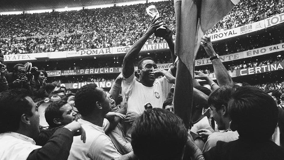 Brazilian soccer great Pelé turns 80, isolated at home