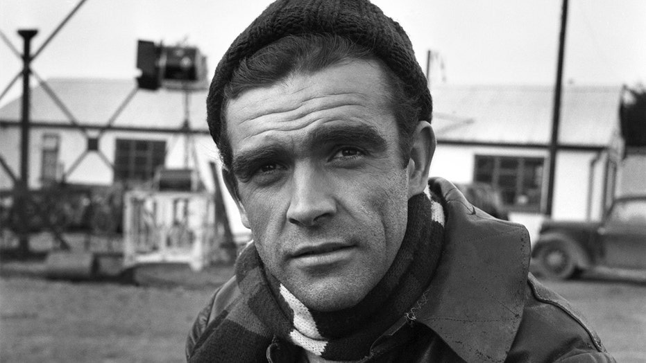 Celebrities pay tribute to Sean Connery after James Bond actor's death at 90: 'A real screen legend'