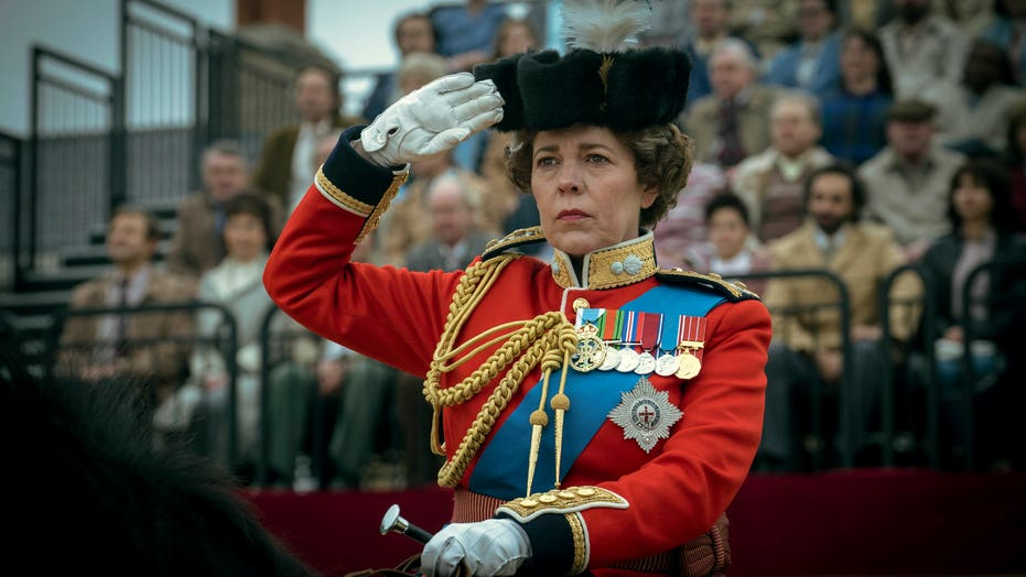 'The Crown' trailer depicts tension between Princess Diana, Koningin Elizabeth, and Prince Charles