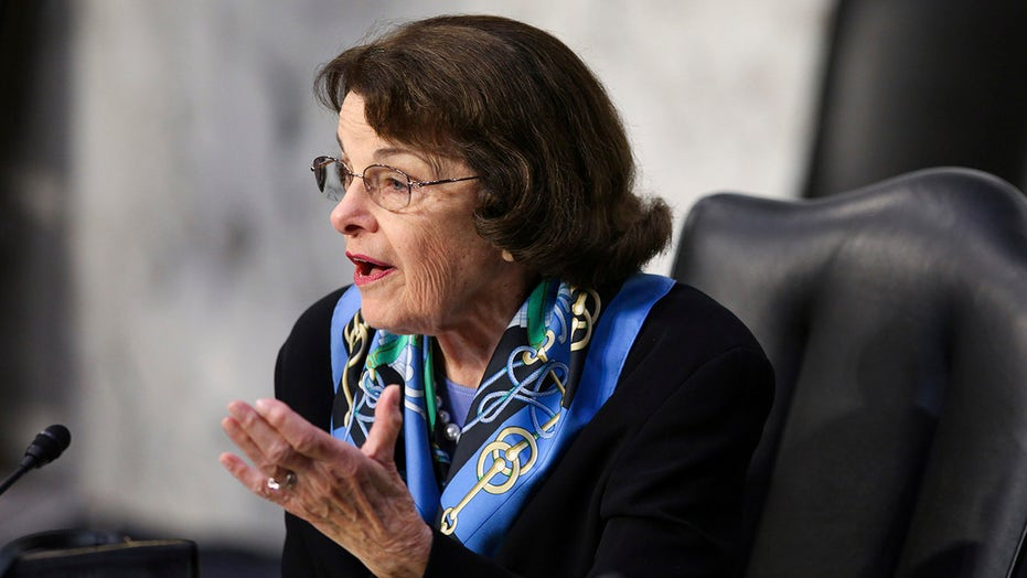 Feinstein says Justice Breyer's retirement would be 'great loss' as left seeks his departure