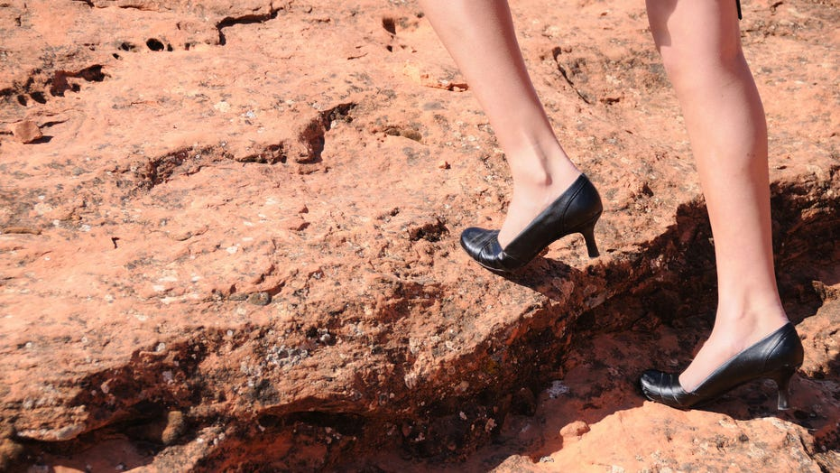 Colorado hiker wears heels to climb mountains, but doesn't recommend it: 'I know what my boundaries are'