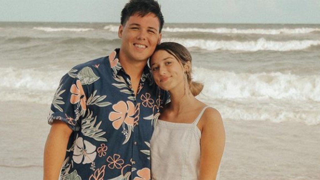 'Duck' star engaged, 'blown away by God's goodness'