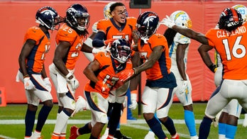 Lock rallies Broncos to last-second 31-30 win over Chargers
