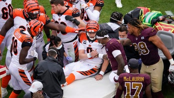 Smith rallies Washington after Bengals' Burrow carted off