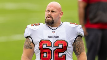 Buccaneers' A.Q. Shipley may have suffered career-ending injury vs. Rams