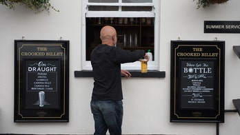 England's pubs, restaurants allowed to sell takeaway beer amid latest lockdown, despite earlier rules