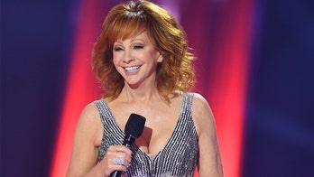 CMA Awards co-hosts Reba McEntire, Darius Rucker focus on unity not politics; Eric Church takes home top prize