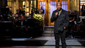 Dave Chappelle returns to 'SNL' -- 4 years after saying he'd 'give Trump a chance'