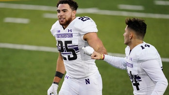 Northwestern wipes out 17-point deficit to beat Iowa 21-20