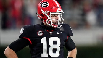 What a debut! Daniels' 401 yards, 4 TDs leads No. 13 Georgia
