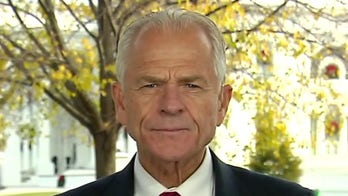 Navarro: US facing economic 'chasm' without more coronavirus aid