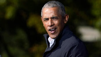 Obama breaks ground in Chicago for massive presidential center project