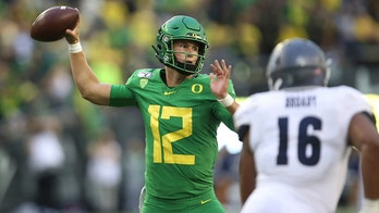 Cristobal coy about starting QB for Oregon against Stanford