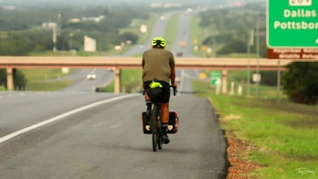 Texas man bikes around perimeter of Lone Star State in 58 days