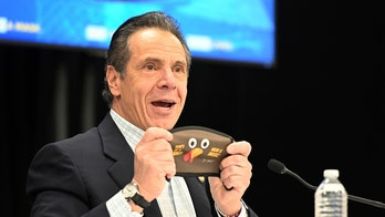 Cuomo, top aides hold press conference indoors without face coverings