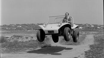 Famed dune buggy designer Bruce Meyers dead at 94