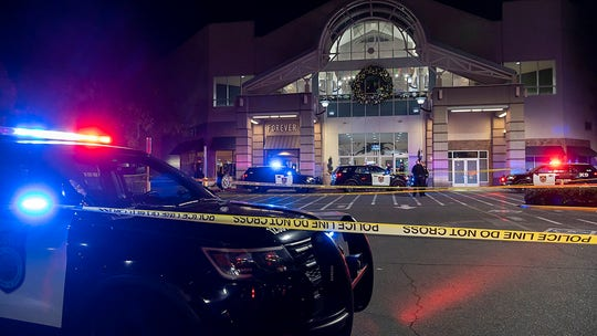 Second teen dies after Sacramento mall shooting, manhunt underway for suspect: police