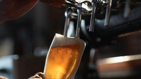 Ohio man tips $3K for beer before the restaurant closes over rising coronavirus cases