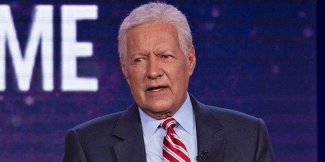 The executive producer of 'Jeopardy!' remembered Alex Trebek as a warrior in his final days.