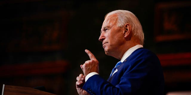 文件: President-elect Joe Biden speaks in Wilmington, 的.