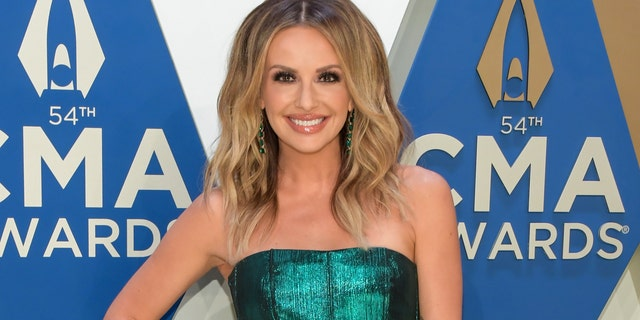 Carly Pearce said that she knocked her front teeth out days before appearing at the 2020 CMA Awards. (Photo by Jason Kempin/Getty Images for CMA)
