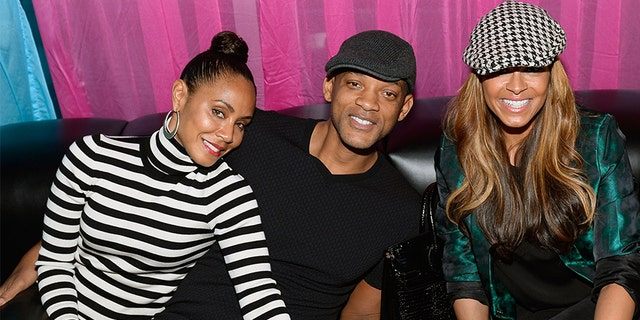 (L-R) Actors Jada Pinkett Smith, Will Smith and TV personality Sheree Zampino attend DJ AcE's birthday celebration Ghostbar Dayclub at the Palms Casino Resort on Nov. 15, 2014, 라스 베이거스, Nev.