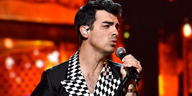 Joe Jonas announced on Instagram that he'd voted. (Getty Images)