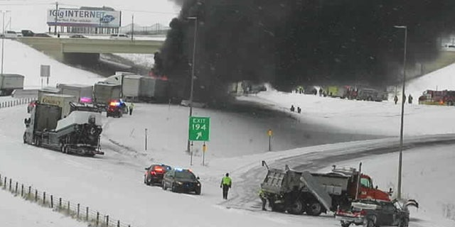 A fiery crash shut Interstate 94 in both directions on Thursday, 十一月. 12, 2020 in Monticello, 敏恩. as a snow squall was reported in the area.