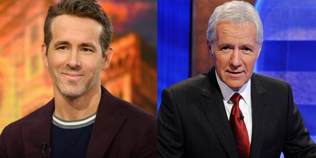 Ryan Reynolds (왼쪽) said that he spoke to Alex Trebek (권리) just a few months before the 'Jeopardy!' host passed away.