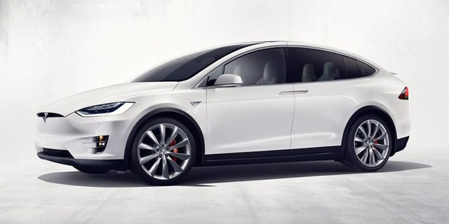 Tesla's Model X is vulnerable to hackers and thieves, Belgian researchers claim
