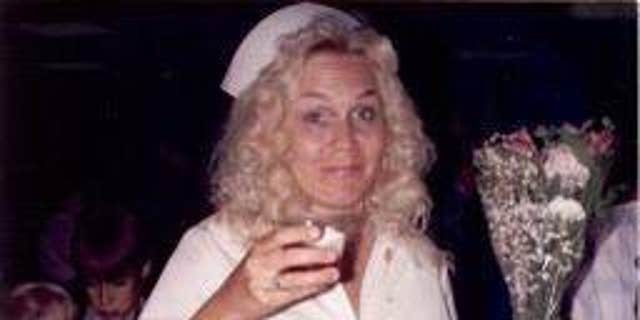Christine Munro was working as a nurse when she was killed while jogging in Redding, 칼리프., at the age of 37.