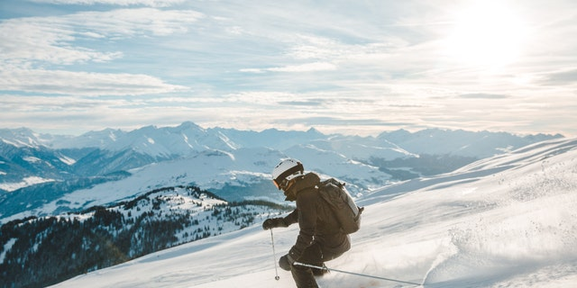 Alaska Airlines is offering free skiing at select resorts this winter. (iStock).