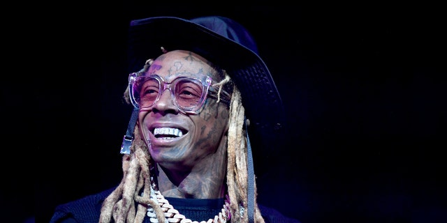 Lil Wayne Hit with Federal Weapons Charge