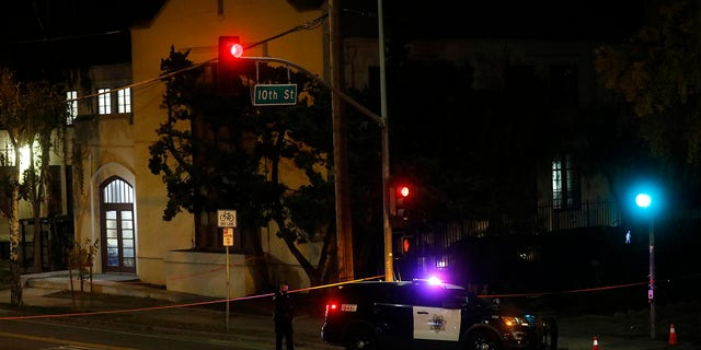Two people died and multiple others were injured in a stabbing Sunday night at a church in California where homeless people had been brought to shelter from the cold weather, 경찰은 말했다. (Nhat V. Meyer/Bay Area News Group via AP)