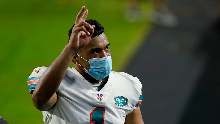Dolphins' Tua Tagovailoa says benching was 'what's best for the team'