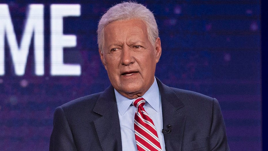 Alex Trebek's hometown in Canada seeks to honor him with a public work of art: report