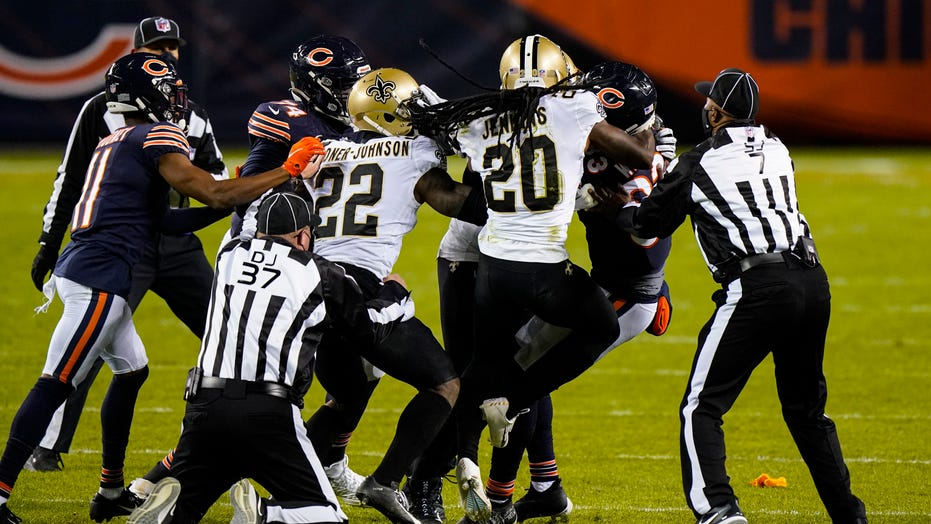 Bears' Javon Wims facing possible suspension after punching Saints' C.J. Gardner-Johnson: report