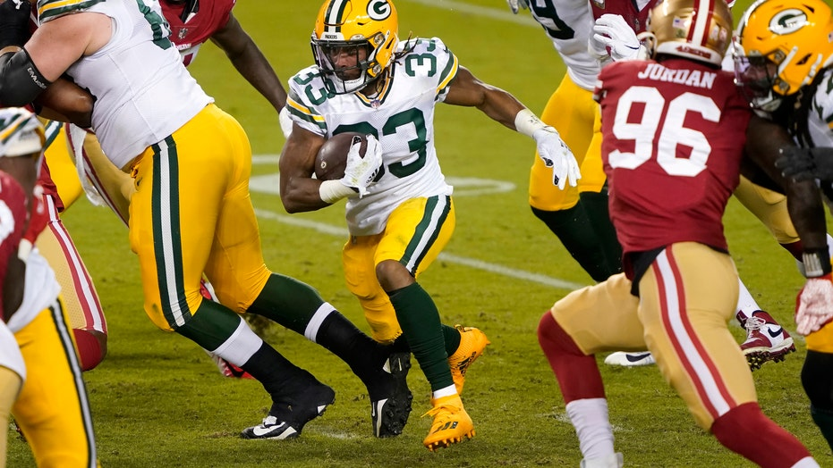 Packers' Aaron Jones: Staying on sideline until 100% healthy was 'beneficial'
