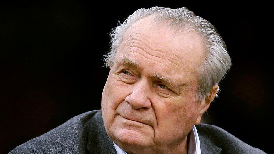 Boston Celtics legend Tommy Heinsohn dead at 86