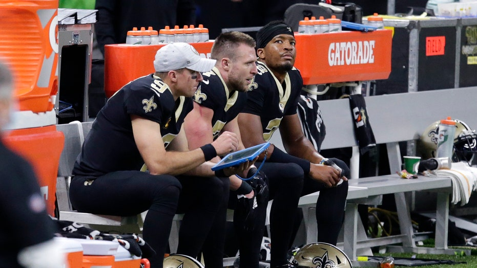 Saints' Drew Brees has rib fractures, collapsed lung