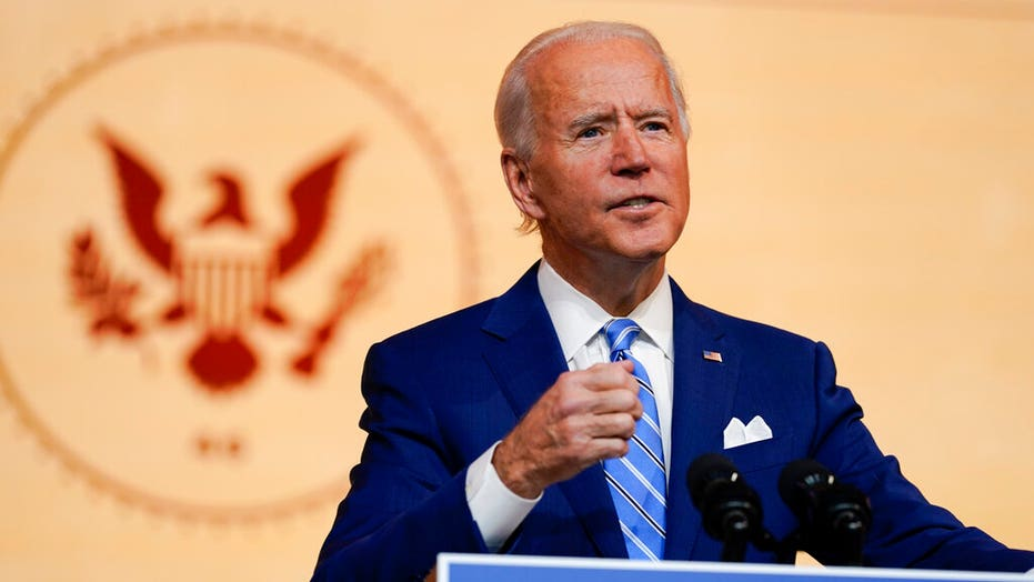 Biden says family will have 'small group' around Thanksgiving table, urges Americans to sacrifice gatherings