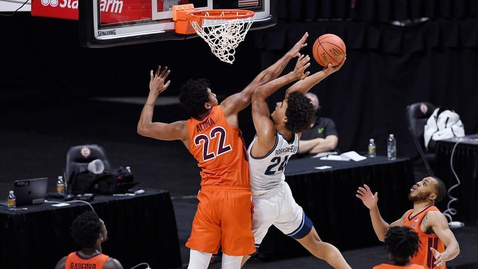 Virginia Tech upsets No. 3 Villanova 81-73 시간외에