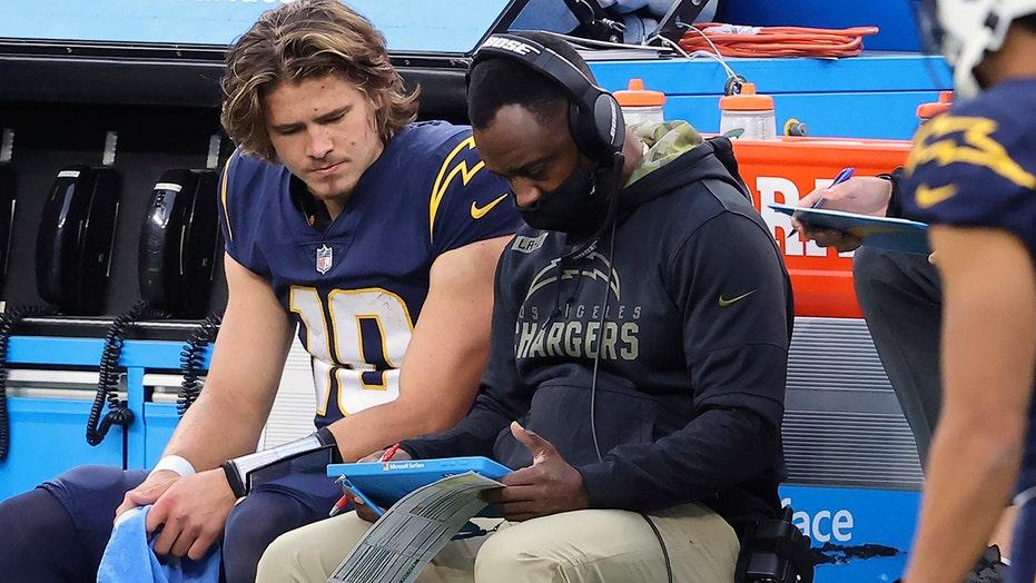 Few minorities get chance at NFL stepping-stone QB coach job