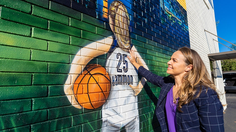 Becky Hammon visits mural in her honor, focuses on head-coaching dream