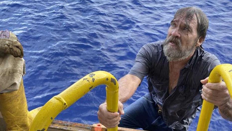 남자는 후 전복 된 혈관에 달라 붙는 것을 발견했습니다. 24 플로리다 해안에서 잃어버린 시간