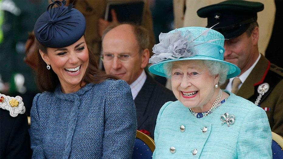 Queen Elizabeth's official Twitter account misfires now-deleted tweet