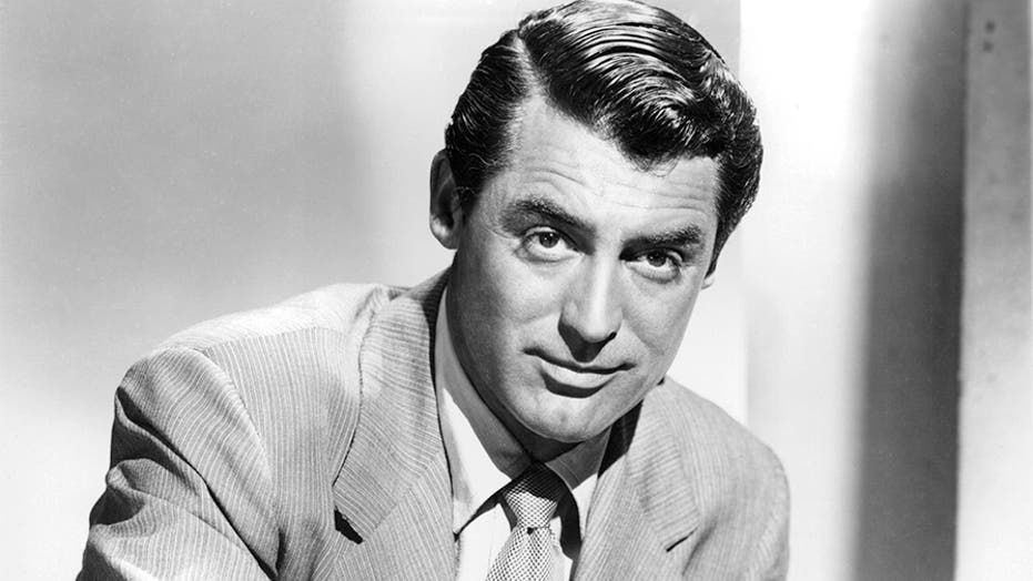 Cary Grant struggled with a turbulent past for decades, but found peace after quitting Hollywood: boek