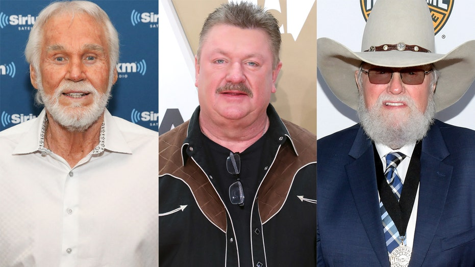 Kenny Rogers, Joe Diffie, Charlie Daniels receive tributes at 2020 CMA Awards